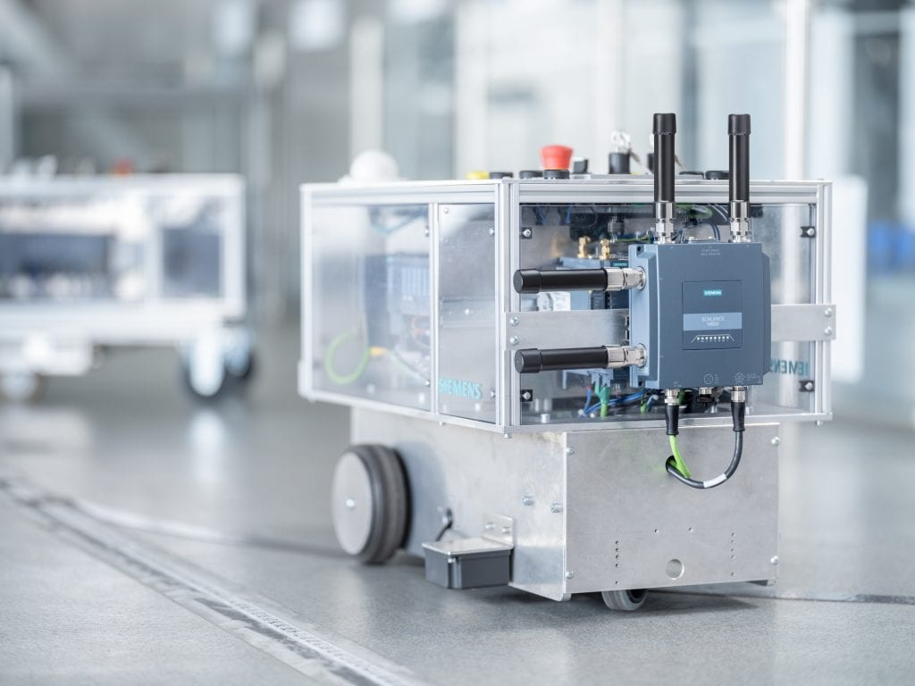 5G, Leadership, Siemens makes the first industrial 5G router available